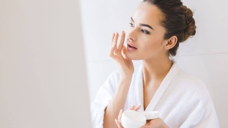 Guide to Discover the Best Face Cream for Extremely Dry Skin