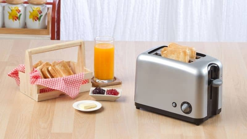 An Exhaustive Guide to Choose the Best Bread Toaster in India