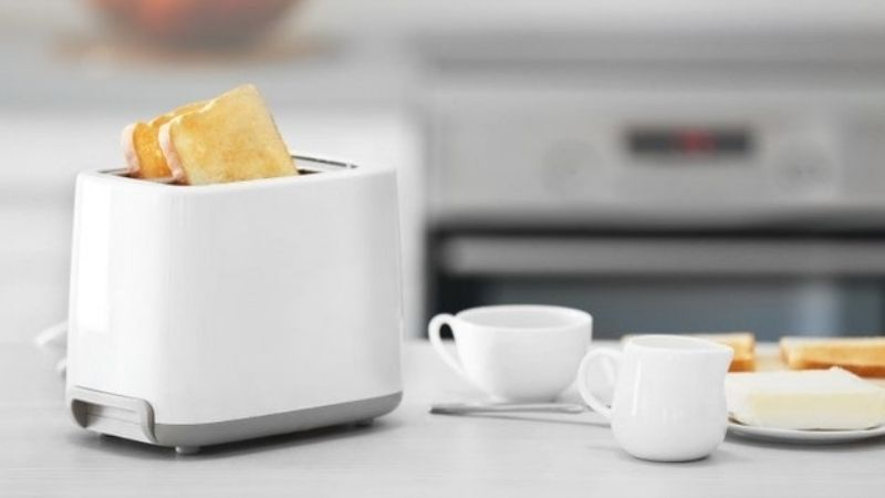 A Detailed Analysis of the Best Pop up Toaster Brands and Their Products